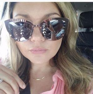 🍃Quay cat eye sunglasses STAR GIRL